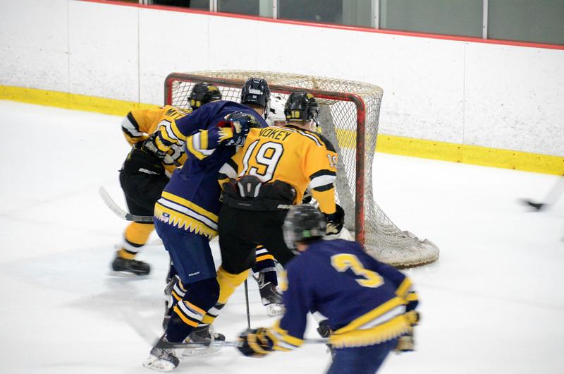 140907 Jr. Bruins vs. Valley Jr. Warriors-079.JPG
