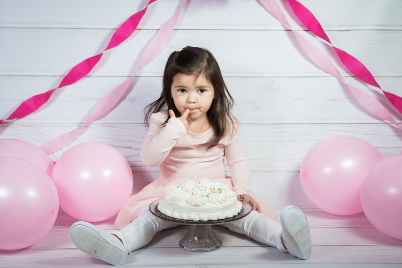 Leila cake smash birthday -21.jpg