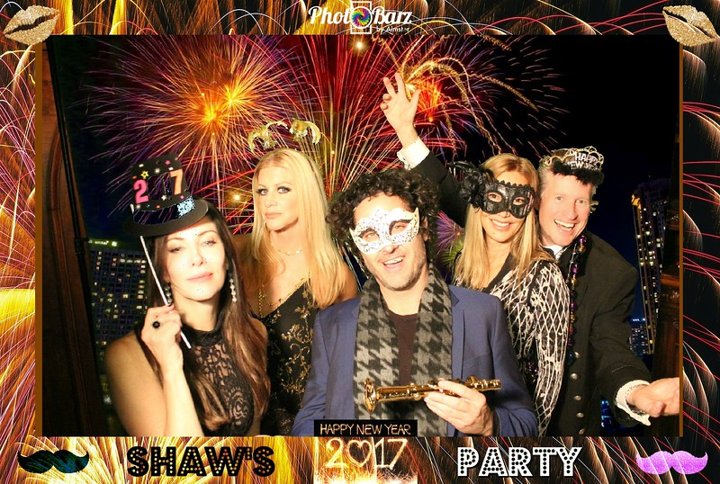 Shaws NYDay Party (73).jpg
