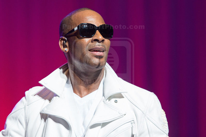 R. Kelly Performs At The Nokia Theatre LA Live