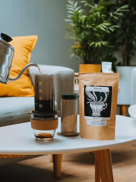 Aeropress and coffee tumbler - Eco conscious travel products