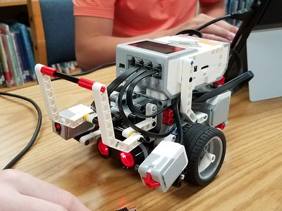 "Programming Robots in ""The Orchard Challenge"""