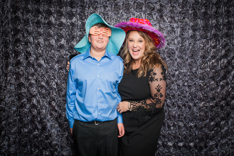Lynn + Nancy Photobooth-139.jpg
