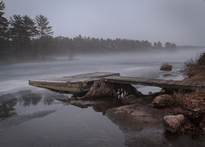 Cottage winter fog-4121.jpg