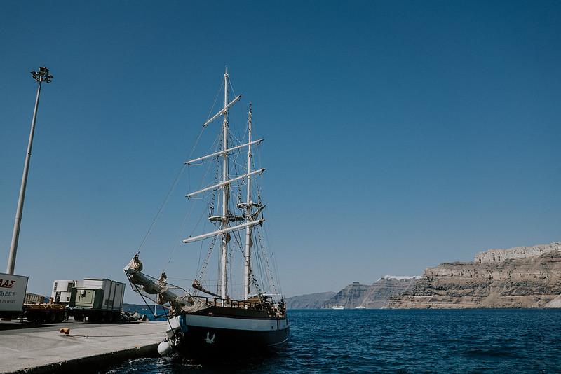 Tu-Nguyen-Destination-Wedding-Photographer-Santorini-Rocabella-Hotel-Euna-Ehsan-16.jpg
