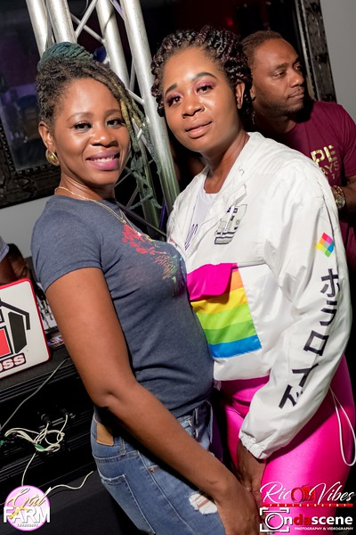 GAL FARM THURSDAYS PRESENTS IT'S GLOW NEON EDITION-58.jpg