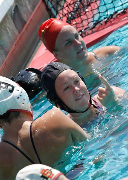 SDSU Waterpolo Women - 017.jpg