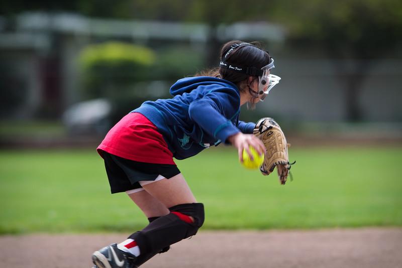 Softball 4-10-2010-146.jpg