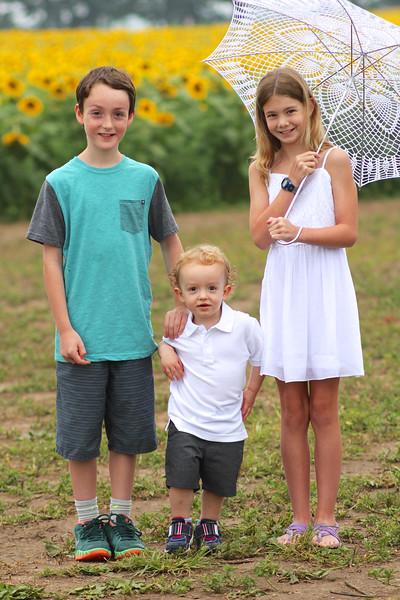FamilySunflowers_ 63.jpg