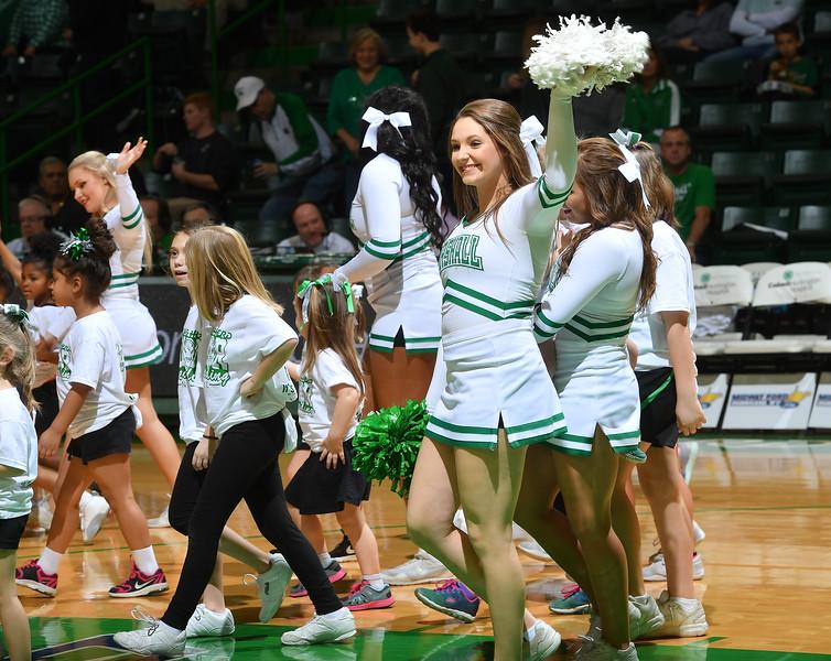 cheerleaders0021.jpg