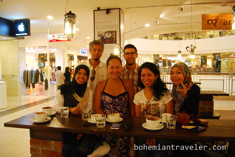 Junos coffee meetup in KL with Malaysian bloggers and readers.jpg