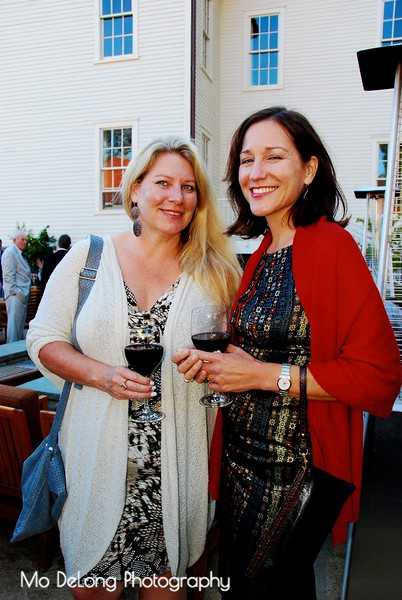 Elaine VanVleck and Linda A. Curtis.jpg