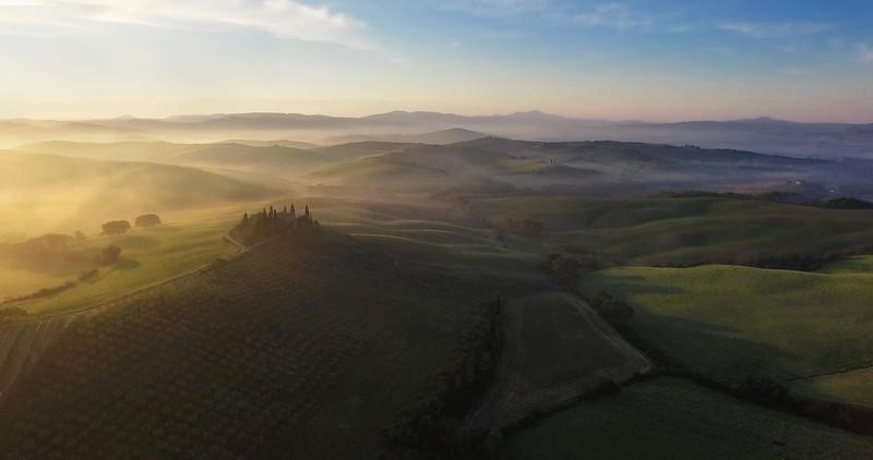 Tuscany-at-Dawn-3k.jpg
