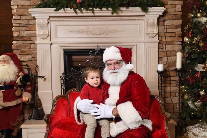 Santa2018.TylerBoye.-44.jpg