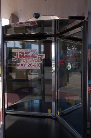 jazzfestdoorbanners.jpg