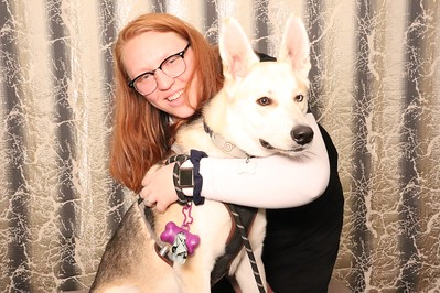 Dog Grooming and Pet Photo Day - Oakmont at Westpark