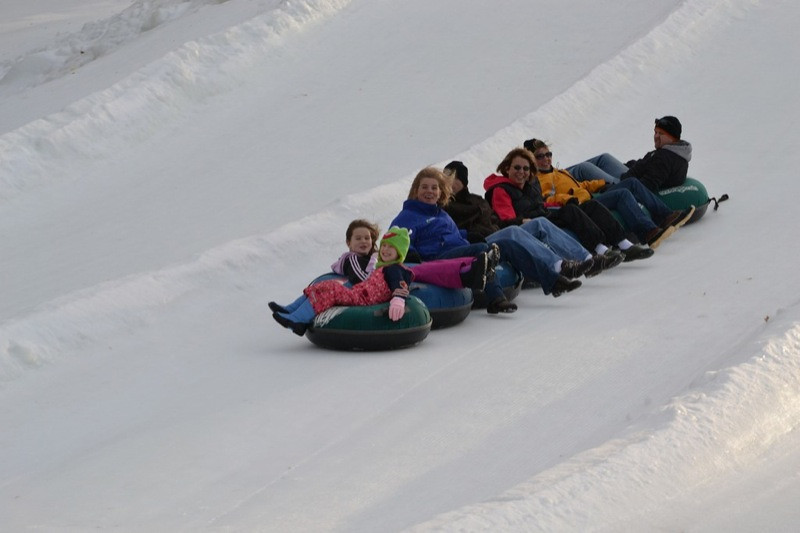 Snow_Tubing_at_Snow_Trails_029.jpg