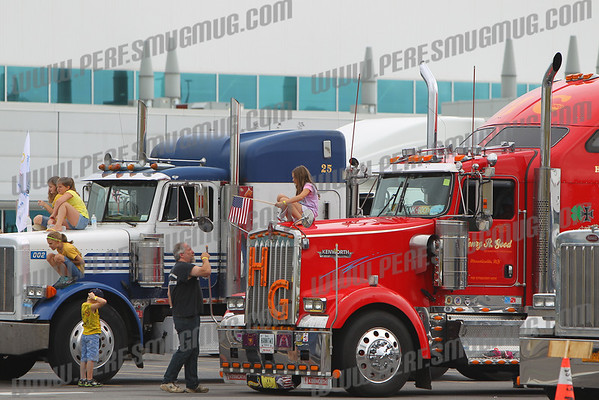 Convoy For The Kids and Big Rig Tractor Pulls at the Fonda Fair 9-1-2013