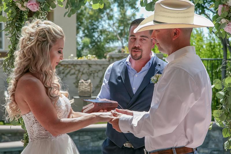 Ceremony-6056-3696.jpg