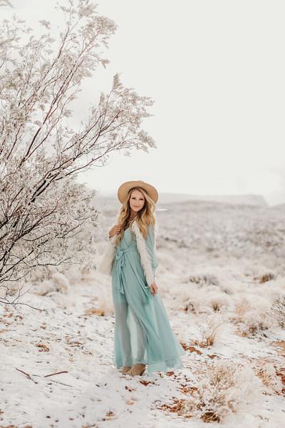 Natalie(snow)-19.jpg