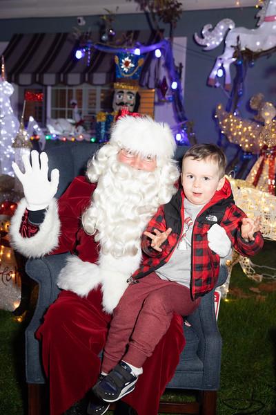 12-08-19-Christmas With Chris & Family-62.jpg