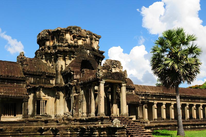 2013_Angkor_Wat_July   0010.JPG