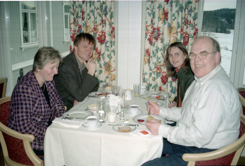 2002-02-16-0007.jpg