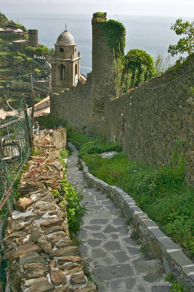 trail above town- Vernazza