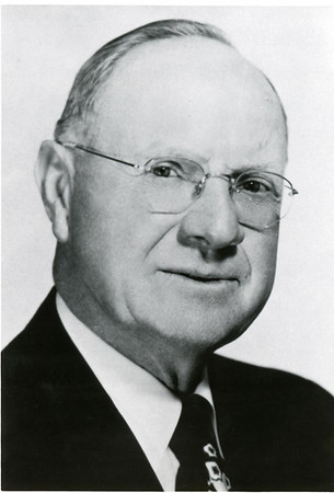 1937-1953 H Aldous Dixon (2nd term) (portrait A)