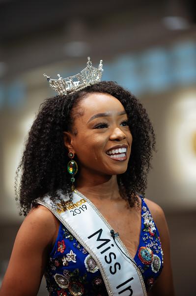 20191110_Miss Indiana Send Off-0125.jpg
