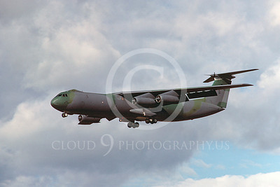 USAF Lockheed C-141B StarLifter Military Airplane Pictures