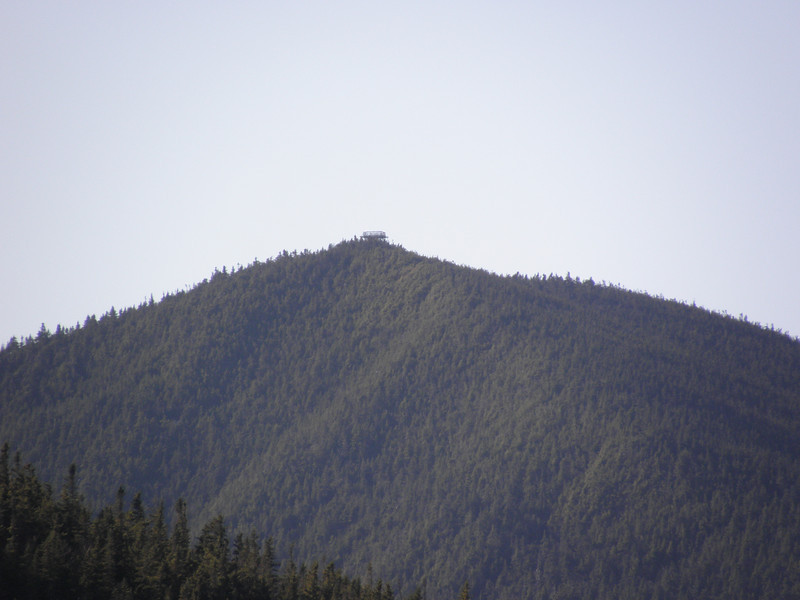 Super zoom of the Carrigain tower, nobody home