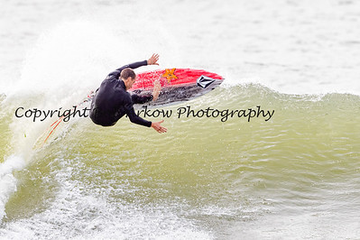 Surfing Lido Beach 9-14-20