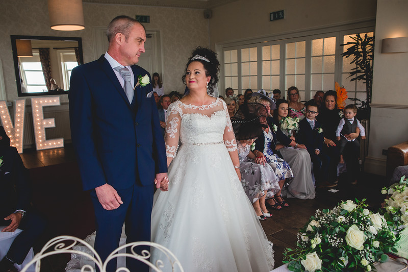 Mr & Mrs Wallington-258.jpg