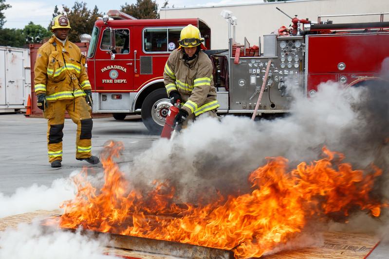 PFD_PFRA_091916_Extinguishers_7025.jpg