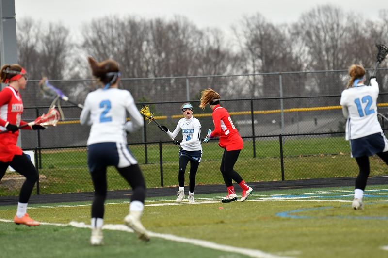 girls_lacrosse_5881.jpg