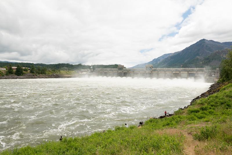 Bonneville Dam-13.jpg