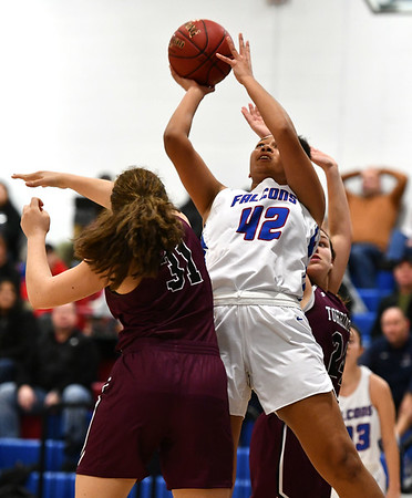 1/10/2020 Mike Orazzi | StaffrSt. Paul's Jade Udoh (42) against Torrington at St. Paul in Bristol Friday night. r