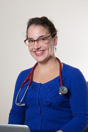 Dr. Angela Knapp