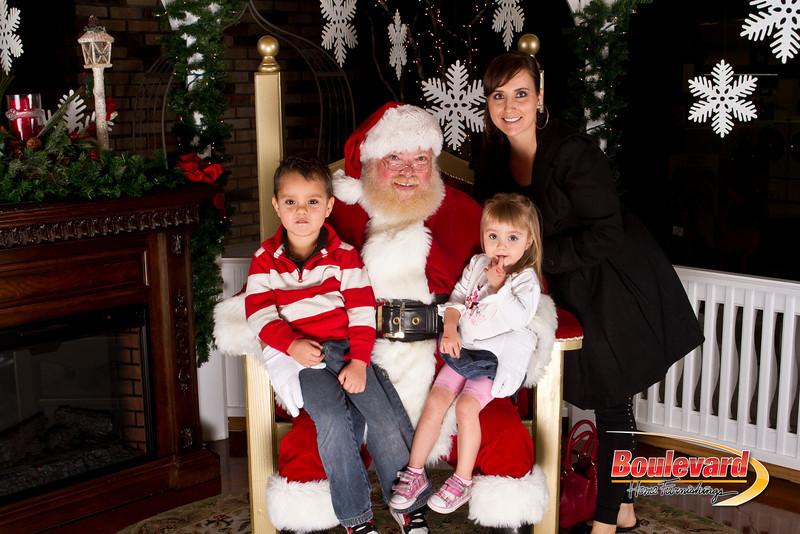 Santa Dec 15-220.jpg