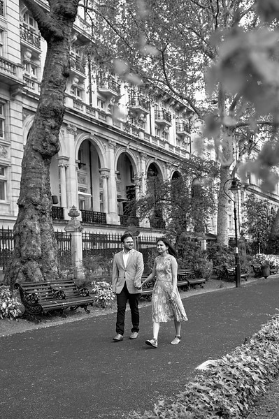 London Engagement photoshoot IMG_1658.jpg