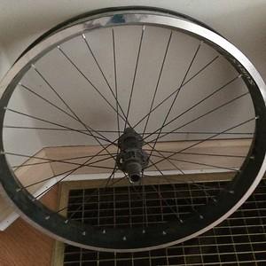 maveick far tire rim