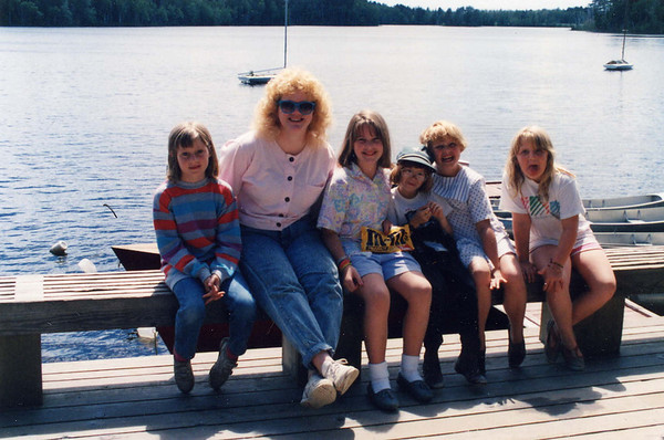 Girls 1988-1990 (16).jpg