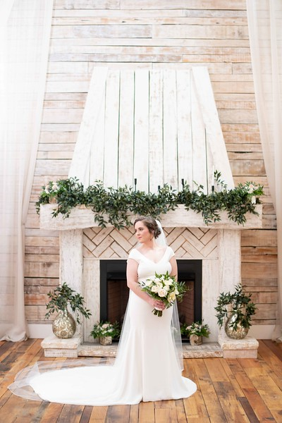 bride-fireplace-ramble-creek.jpg