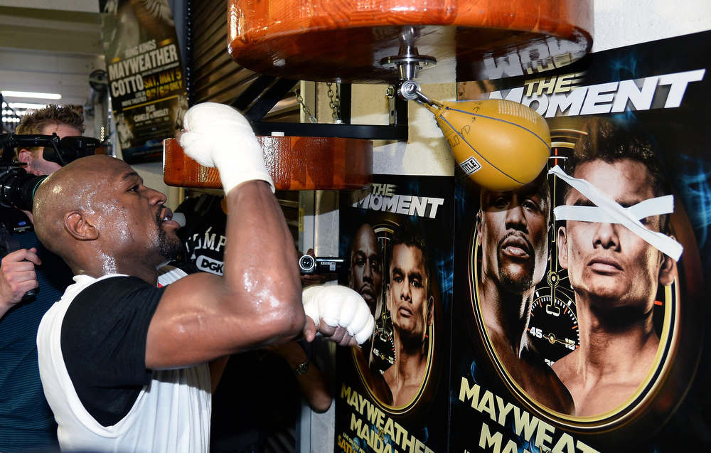. Boxer Floyd Mayweather Jr. works out at the Mayweather Boxing Club on April 22, 2014 in Las Vegas, Nevada. Mayweather will face Marcos Maidana in a 12-round world championship unification bout in Las Vegas on May 3.  (Photo by Ethan Miller/Getty Images)