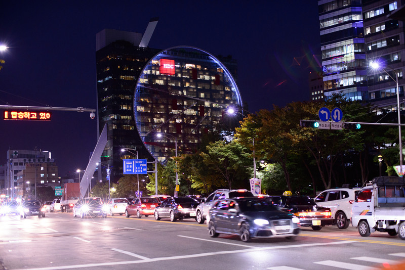 If Tokyo is the benchmark for the world's best public transit, then Seoul would have to be the place that got driving right -- large roads and under-ground parking all over…