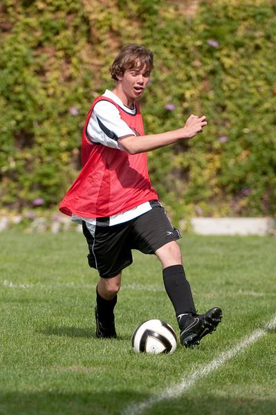 Los-Altos-Soccer-U16B-20091011120240_21410.jpg