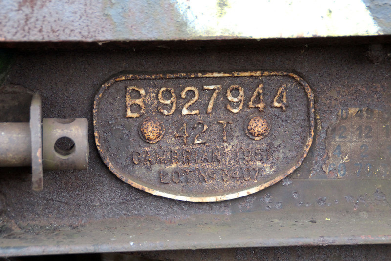 iu No4 ex B927944 42t Bogie Flat works plate at Queensborough Invicta Scrap Merchants 12/01/13.