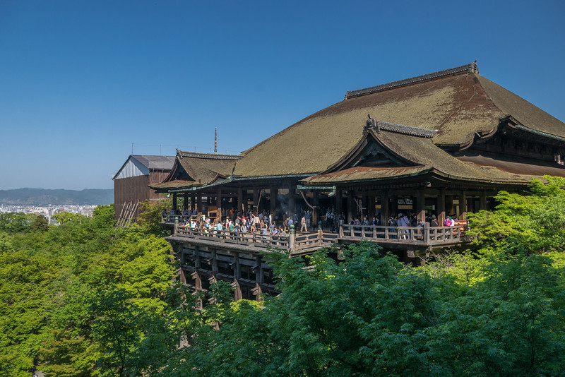 The main temple of Kiyomizu-dera