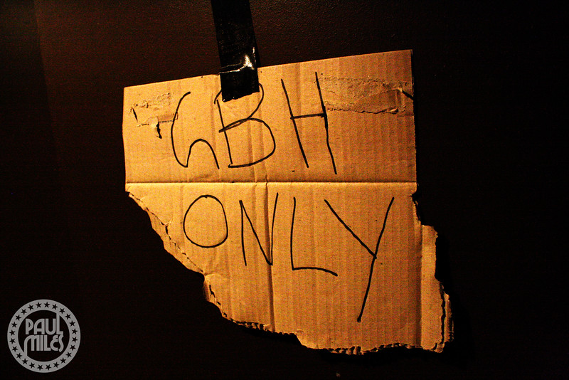 The sign on the band's backstage dressing room, made from a ripped beer carton.